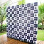 backdrop-2x2